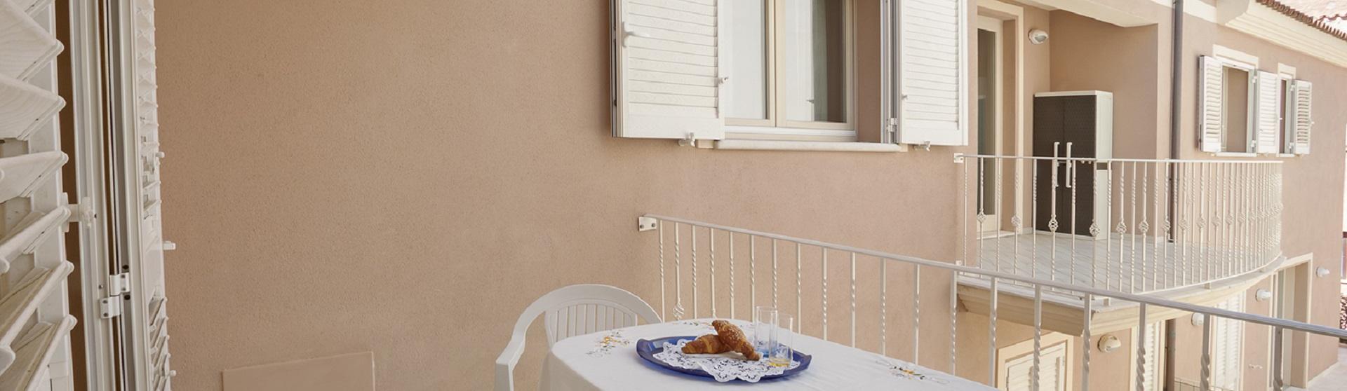 2 Camere da Letto, 1 Stanze, Trilocale, Affitto case vacanza, 2 Bagni, ID Annuncio 1014, 50 mt. dal amre, posto auto